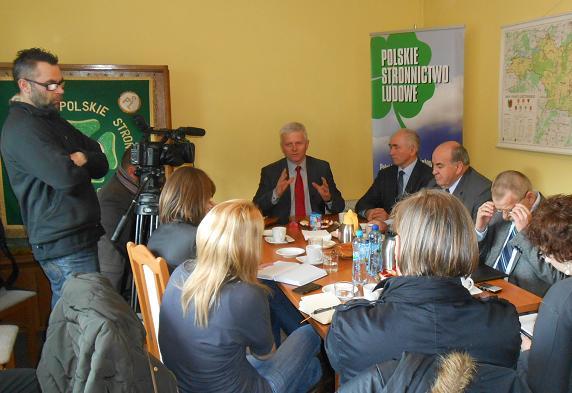 Konferencja prasowa w Lesznie: skarga dotarła do Parlamentu Europejskiego