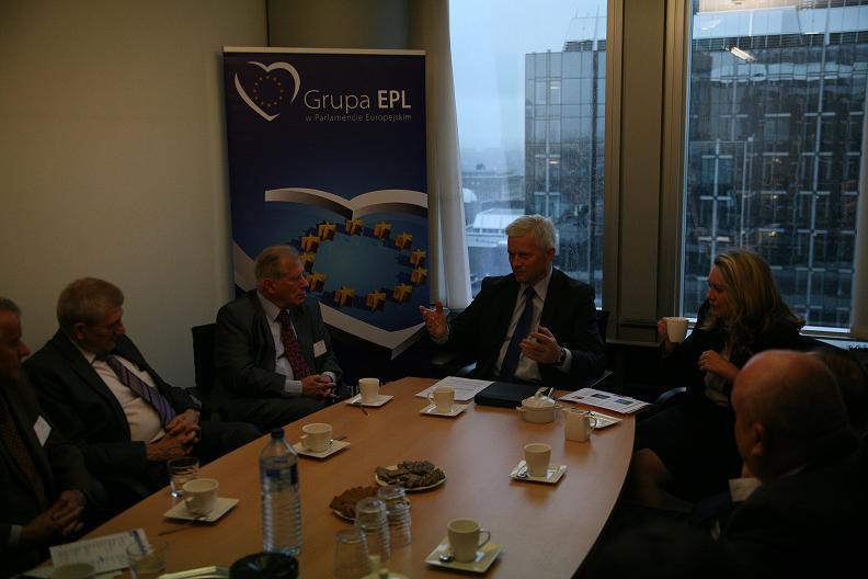 Przedstawiciele Stowarzyszenia Parlamentarzystów Ruchu Ludowego z wizytą w PE  w ramach Kongresu Europejskiej Unii Seniorów