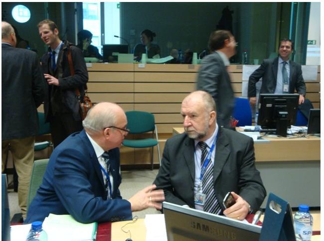 Mleko i ASF zdominowały dyskusję na Radzie Ministrów rolnictwa UE