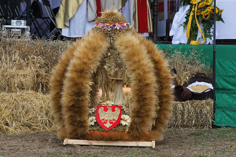 Wielkopolski wieniec dożynkowy nagrodzony przez Prezydenta.