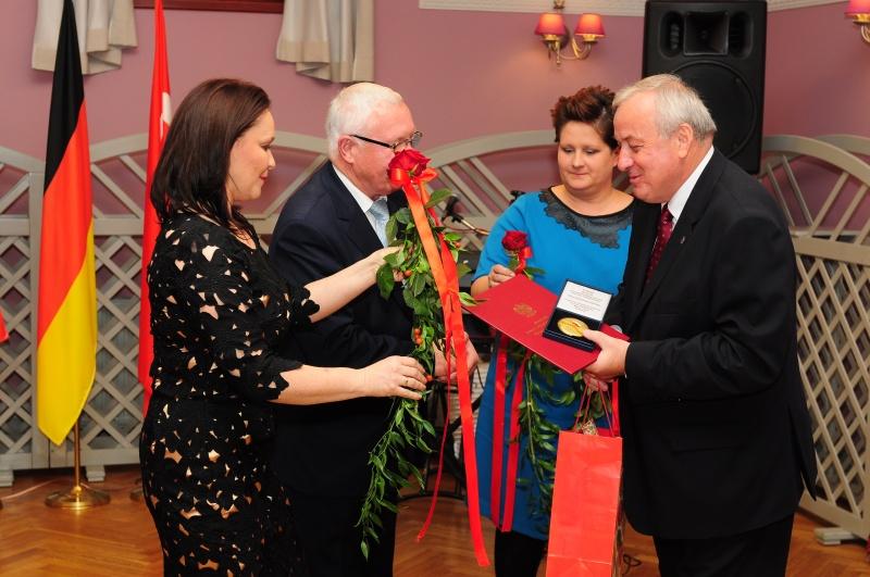 Medal dla Burmistrza Krotoszyna Juliana Joksia