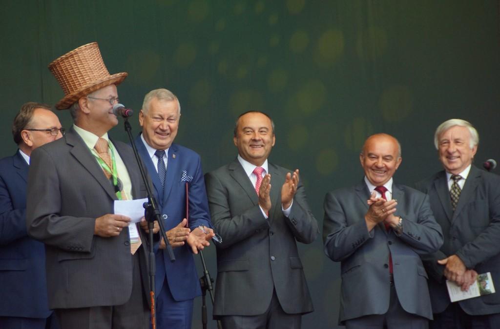 Poseł Stanisław Kalemba gościem III Światowego Festiwalu Wikliny i Plecionkarstwa